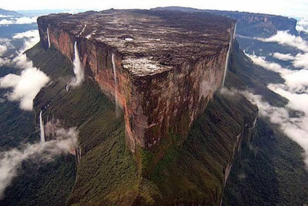 Amazonlar'da bulunan esrarengiz kıta! - Page 1
