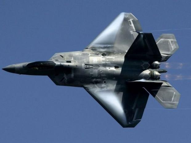 Amerika'nın en yakın müttefiklerine bile satmadığı savaş uçağı: F-22 Raptor - Page 1