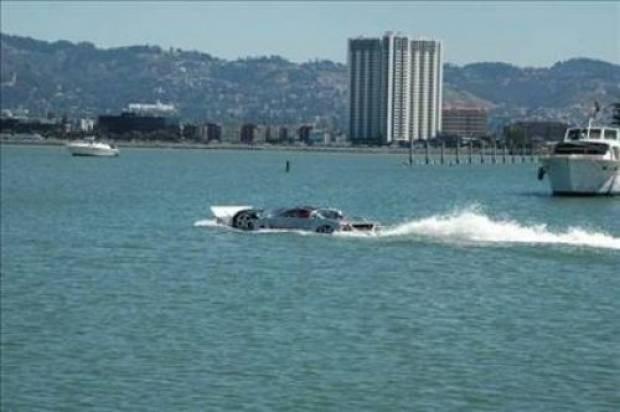 Amfibik araçların içinde en hızlısı! - Page 4