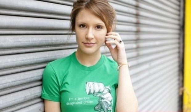 Anlamını bilmeden İngilizce tshirt giyip rezil olan 18 insan - Page 2