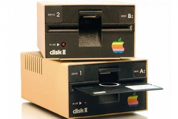 Geçmişten bu güne Apple - Page 1