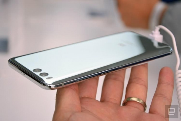 Apple ve Samsung'un korkulu rüyası! - Page 1