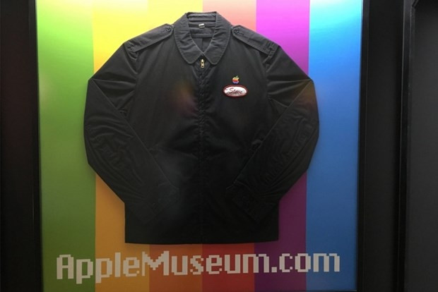 Apple'ın 39 yıllık serüveni müzede - Page 1