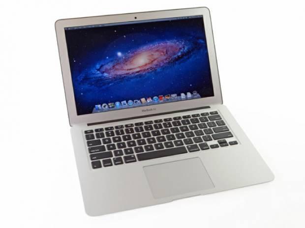 Apple'ın Macbook Air'i parçalara ayırdık! - Page 1