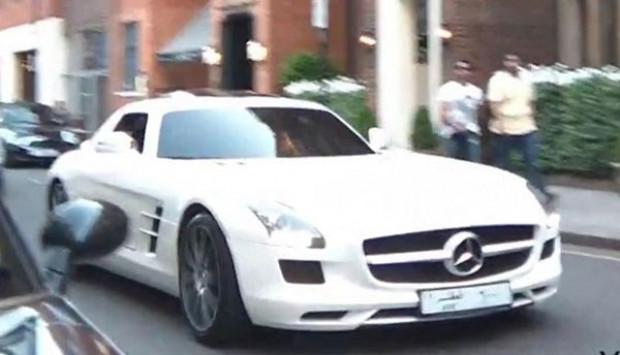 Arap playboylar otomobilleri seviyor - Page 3