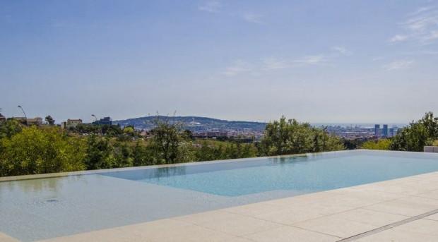 Arda Turan'ın 15 milyon euro değer biçilen evi - Page 4