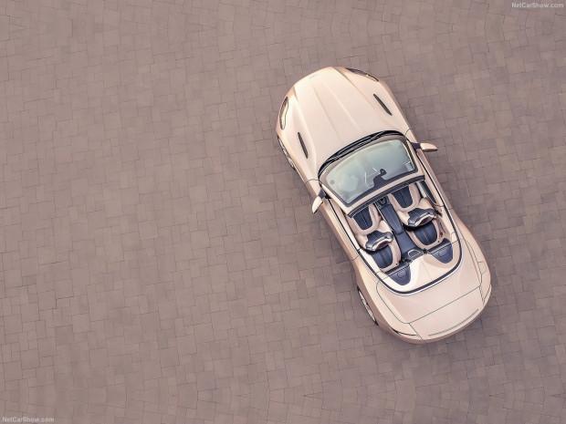 Aston Martin DB11 Volante 2019 - Page 2