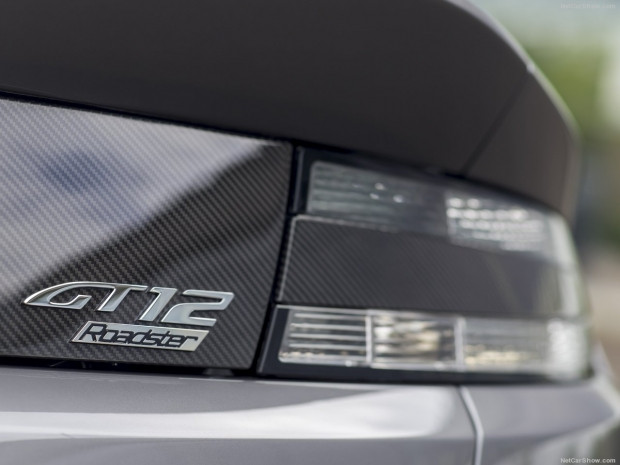Aston Martin Vantage Roadster GT12 2016 - Page 1