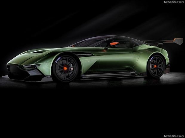 Aston Martin Vulcan 2016 - Page 4