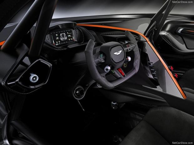 Aston Martin Vulcan 2016 - Page 1
