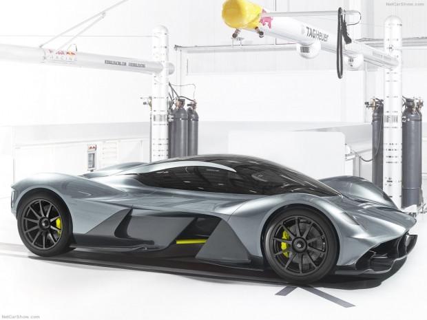 Aston Martin'den 2018 uzay mekiği gibi araç AM-RB 001 - Page 2
