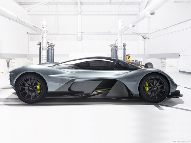 Aston Martin'den 2018 uzay mekiği gibi araç AM-RB 001 - Page 4