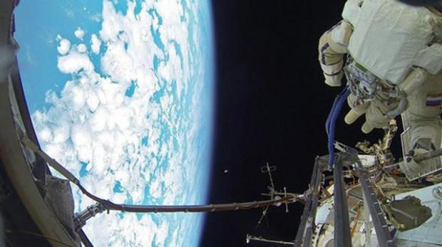 Astronotlar ne kadar maaş alıyor? - Page 3
