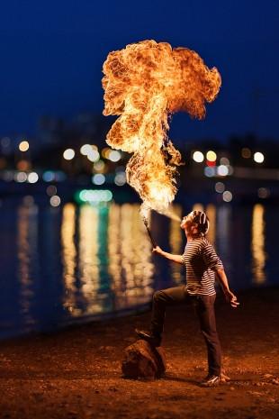 Ateşe hiç böyle baktıınız mı? - Page 2