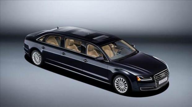 Audi amiral gemisi olan A8 L'nin limuzin versiyonu - Page 1