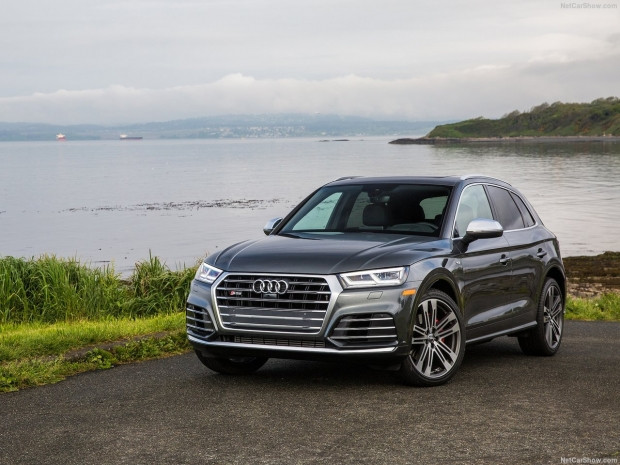 Audi SQ5 3.0 TFSI 2018 - Page 2