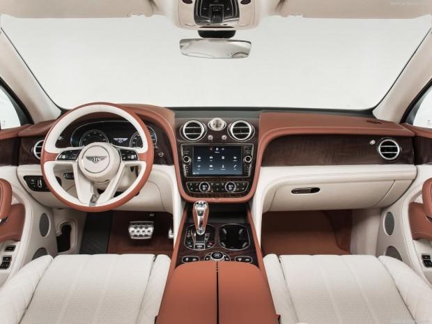 Bentley Bentayga (2016) - Page 2