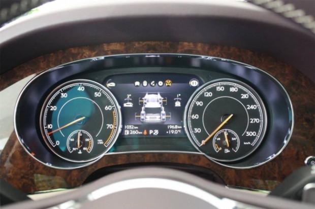 Bentley, SUV segmentinde ilk aracını üretti - Page 4
