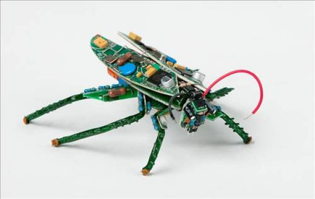 Bilgisayar parçalarından sanat - Page 4