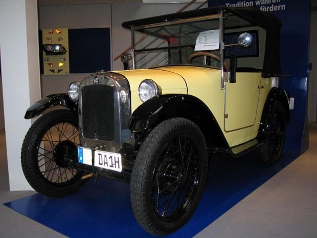 Birçok markanın ürettiği ilk otomobiller - Page 2