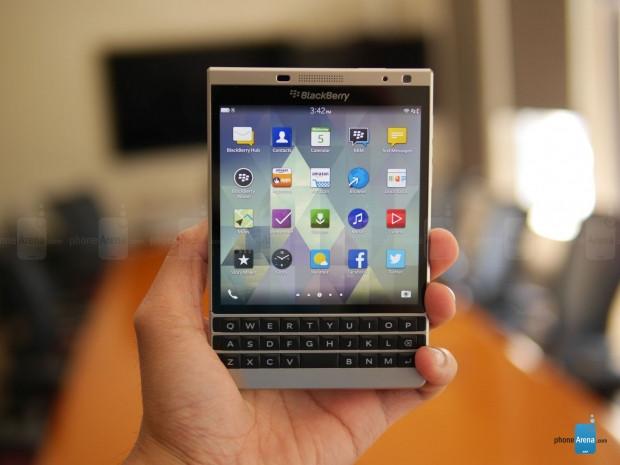 BlackBerry Pasaport Silver Edition ve özellikleri - Page 1