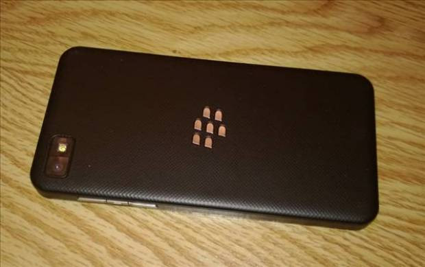 Blackberry Z10 ayrıntılı inceleme - Page 4
