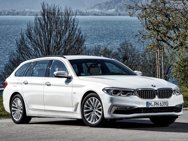 BMW 5 Serisi Touring 2018 - Page 2