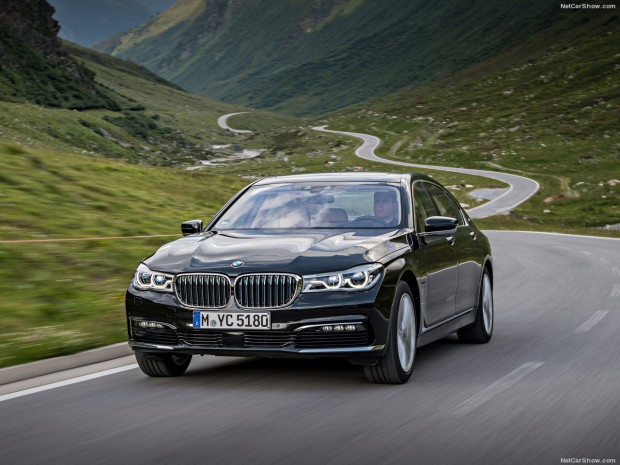 BMW 740Le xDrive iPerformance - Page 1