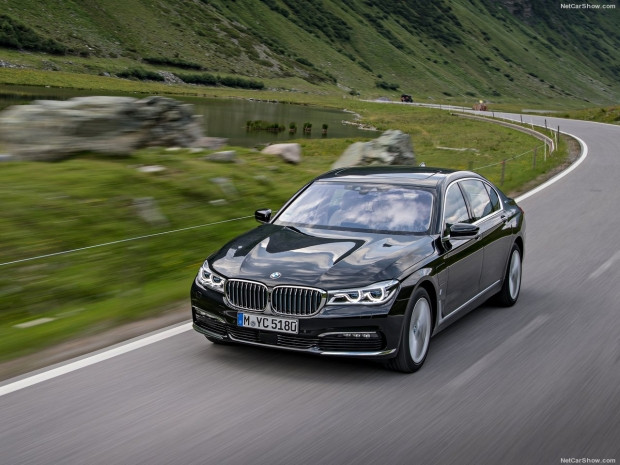 BMW 740Le xDrive iPerformance - Page 2