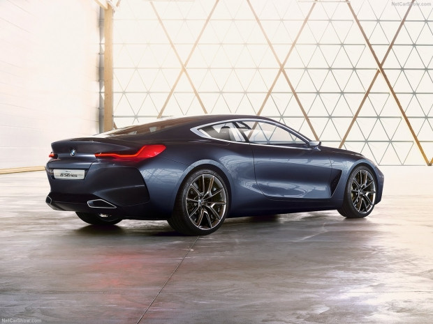 BMW 8 Serisi resmen büyülüyor! - Page 1