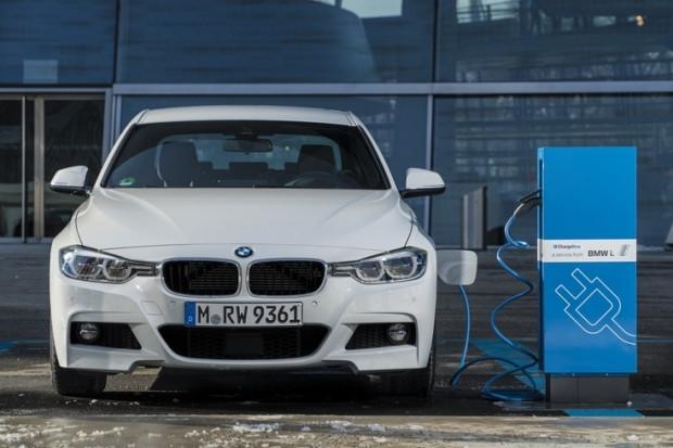 BMW elektrikli otomobil geliyor - Page 1