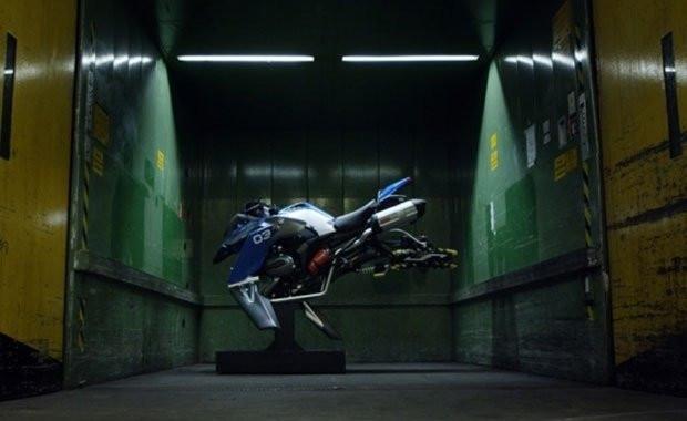 BMW,  Hover Ride ile uçurmaya geliyor - Page 1