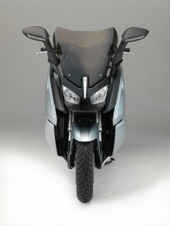 BMW i3 piller C evrim E-scooter - Page 3