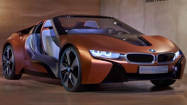 BMW i8 Roadster konseptini tanıttı - Page 1