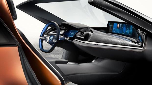 BMW i8 Roadster konseptini tanıttı - Page 2
