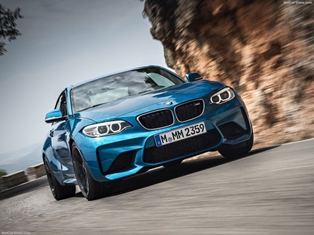 BMW M2 Coupe (2016) - Page 1