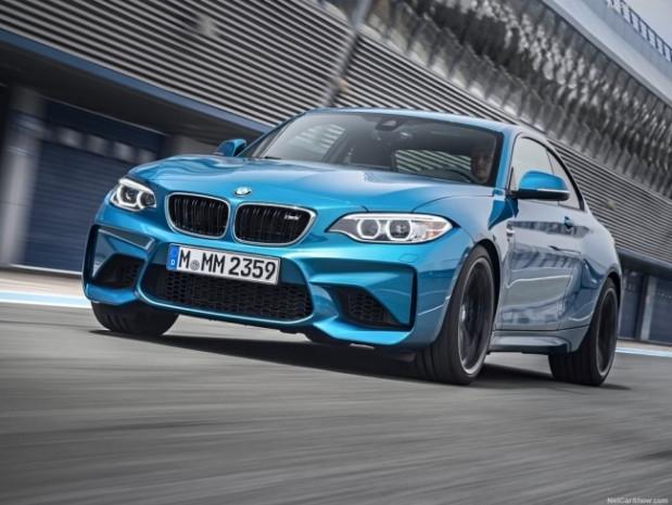 BMW M2 resmi olarak tanıtıldı İşte donanım özellikleri - Page 4