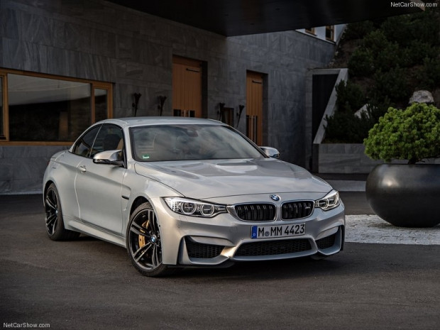 BMW M4 Convertible 2015 - Page 4