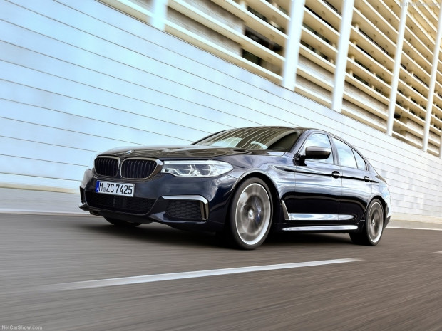 BMW M550i xDrive 2018 - Page 3
