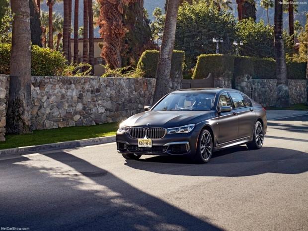 BMW M760Li xDrive  2017 - Page 4