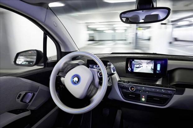BMW park sorununu akıllı saatle çözüyor - Page 4