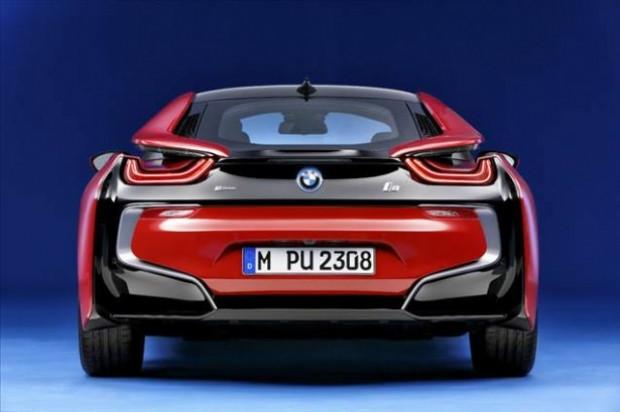 BMW'nin elektrikli sporcusu:  i8 Protonic Red Edition - Page 2