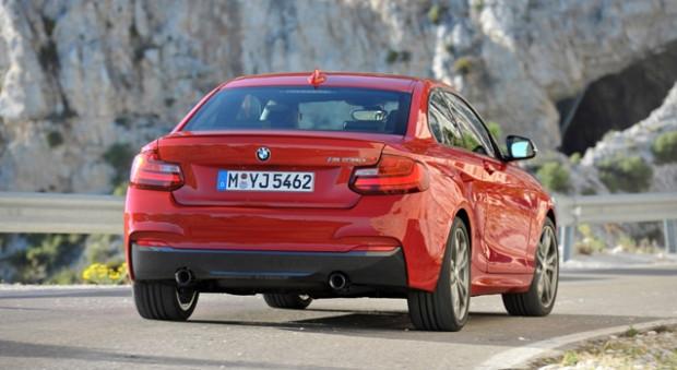 BMW'nin gözbebeği olan M235i fuar'da kendini gösterdi - Page 3
