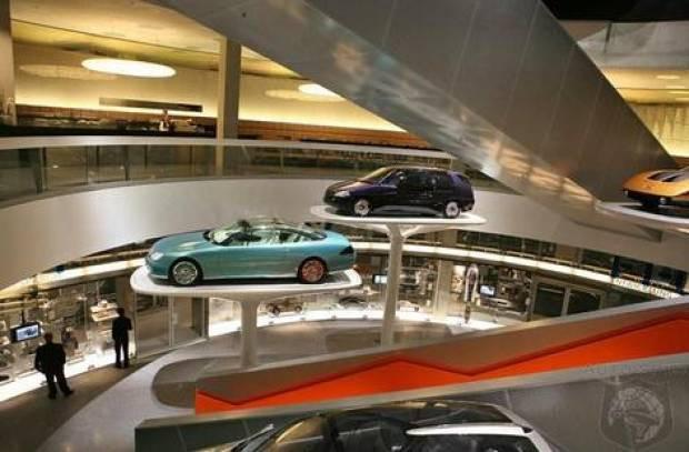 BMW'nin özel otomobil müzesini gördünüz mü? - Page 3