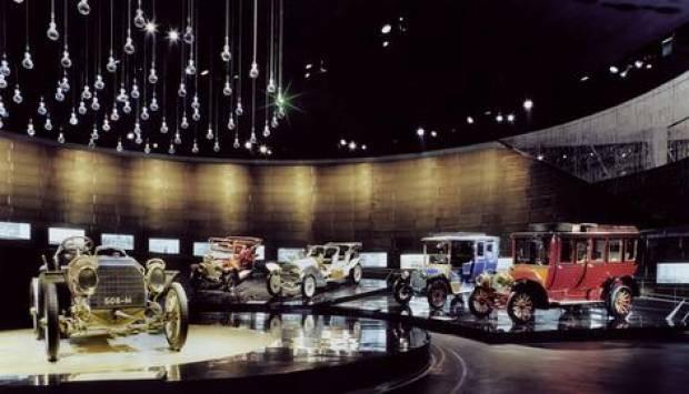 BMW'nin özel otomobil müzesini gördünüz mü? - Page 4
