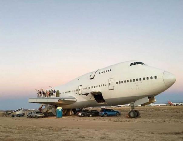 Boeing 747'nin inanılmaz dönüşü! - Page 4