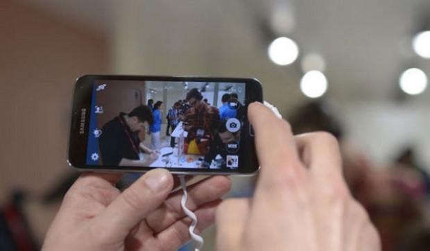 Bu görüntü Samsung Galaxy S5 MINI'mi? - Page 3