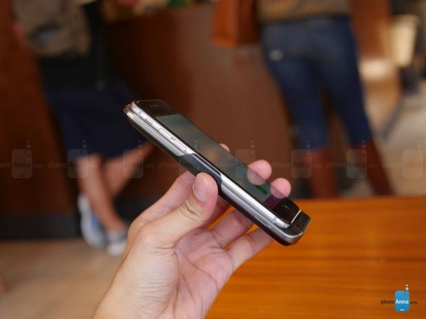 Bu kılıfla iPhone'nuz çift SIM kartlı oluyor Krimston TWO - Page 2