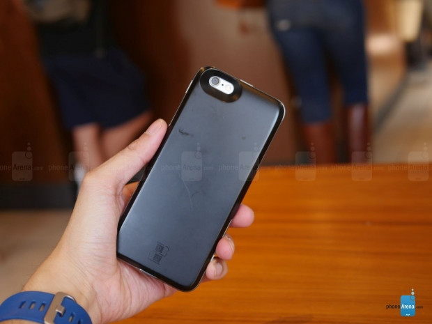 Bu kılıfla iPhone'nuz çift SIM kartlı oluyor Krimston TWO - Page 4