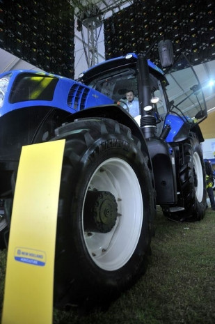Bu traktör 1 milyon lira - Page 1